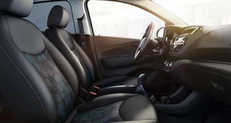 Opel_Karl_Rocks_Interieur_Avant